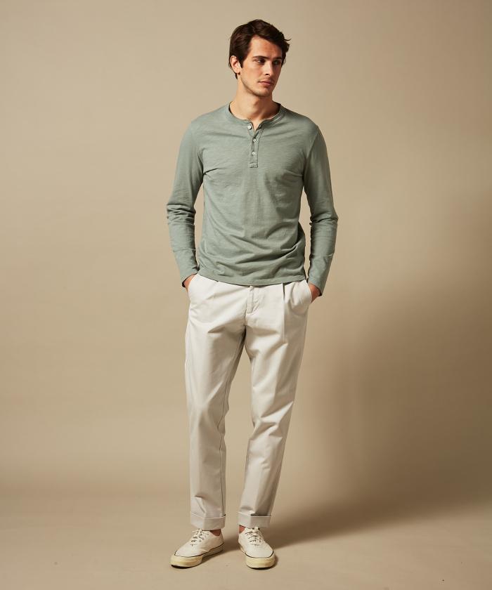Tee-shirt Henley en coton vert de gris