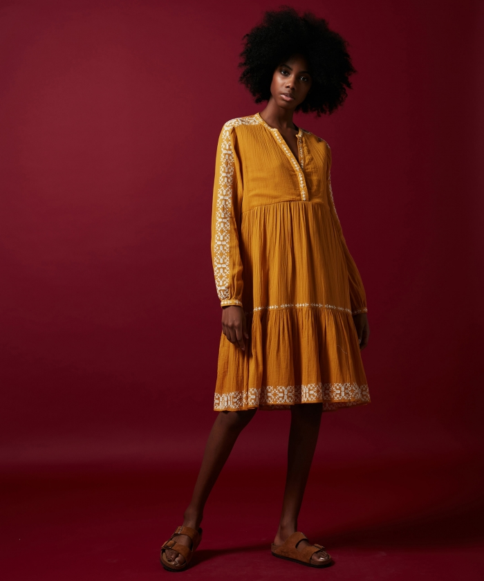 Rubis embroidered dress