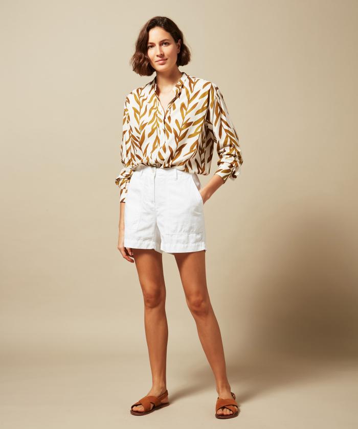 Saran white linen and cotton shorts