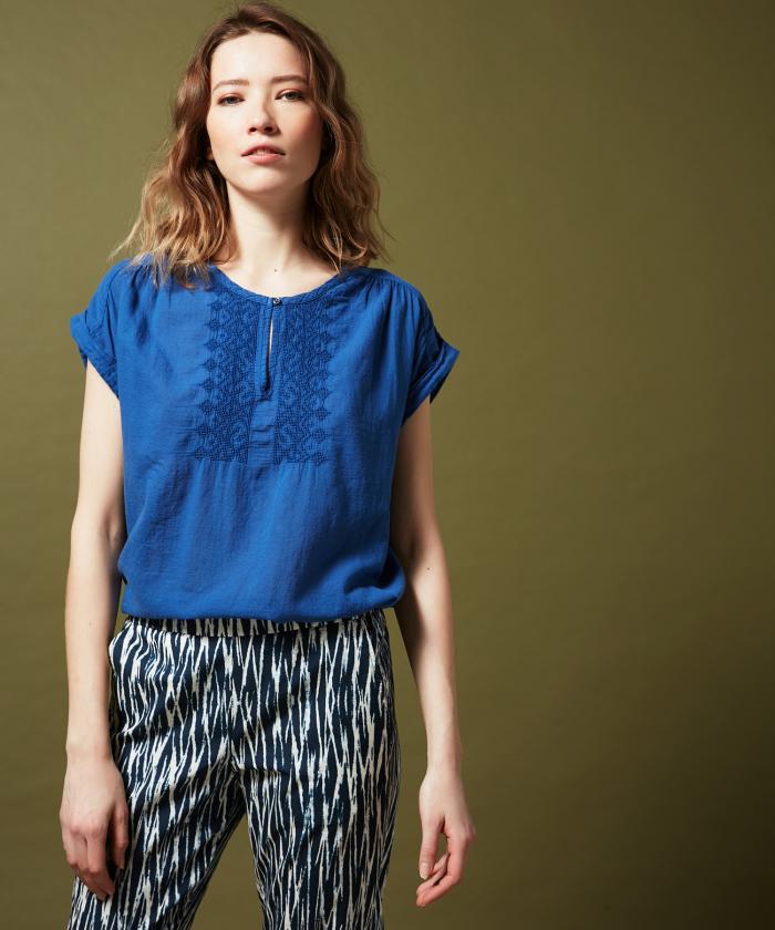 Tee-shirt Teslime brodé en double fabric bleu roi