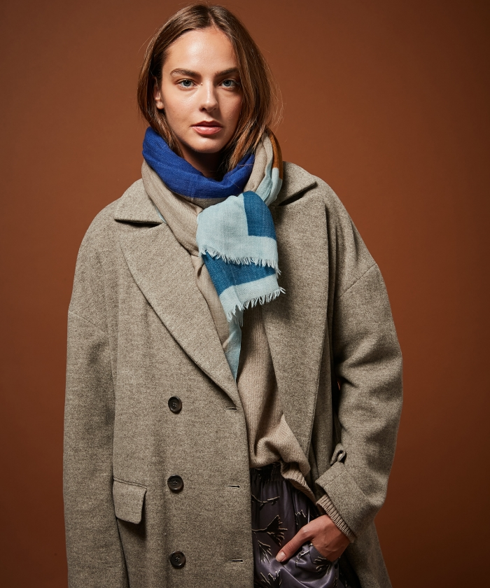 Foulard en laine Abstract