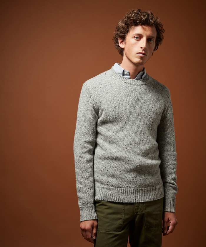 Pull gris en laine Donegal