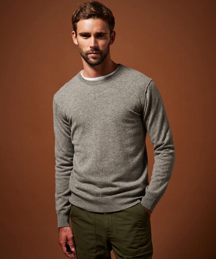 Pull en laine et cachemire gris