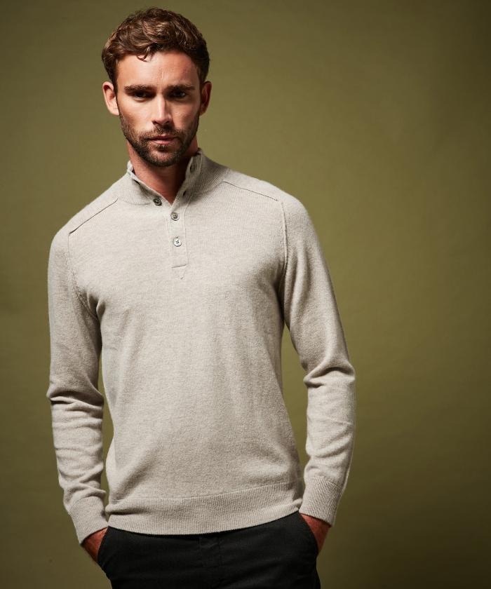 Pull col montant gris en laine et cachemire