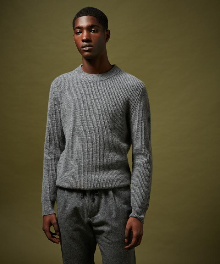 Pull en laine et cachemire côtelé gris