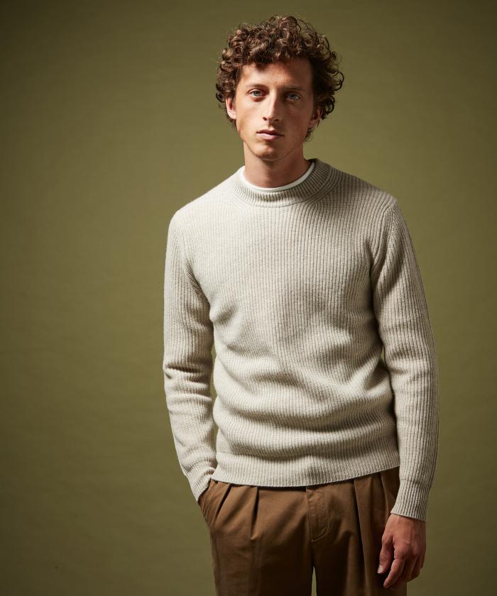 Pull en laine et cachemire côtelé écru