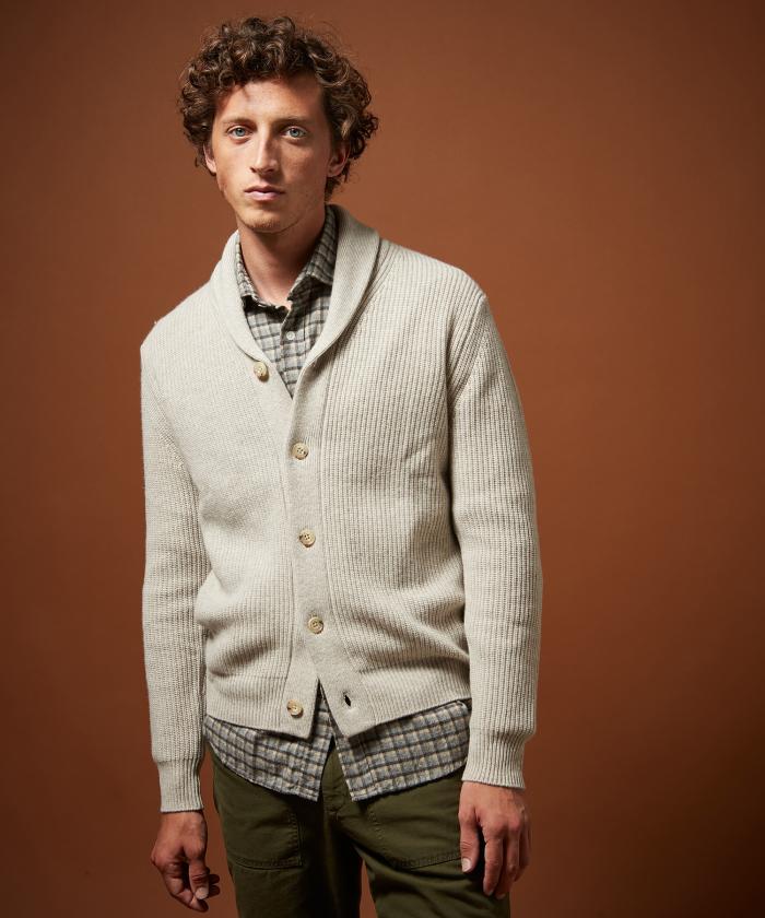 Cardigan écru en laine et cachemire côtelé