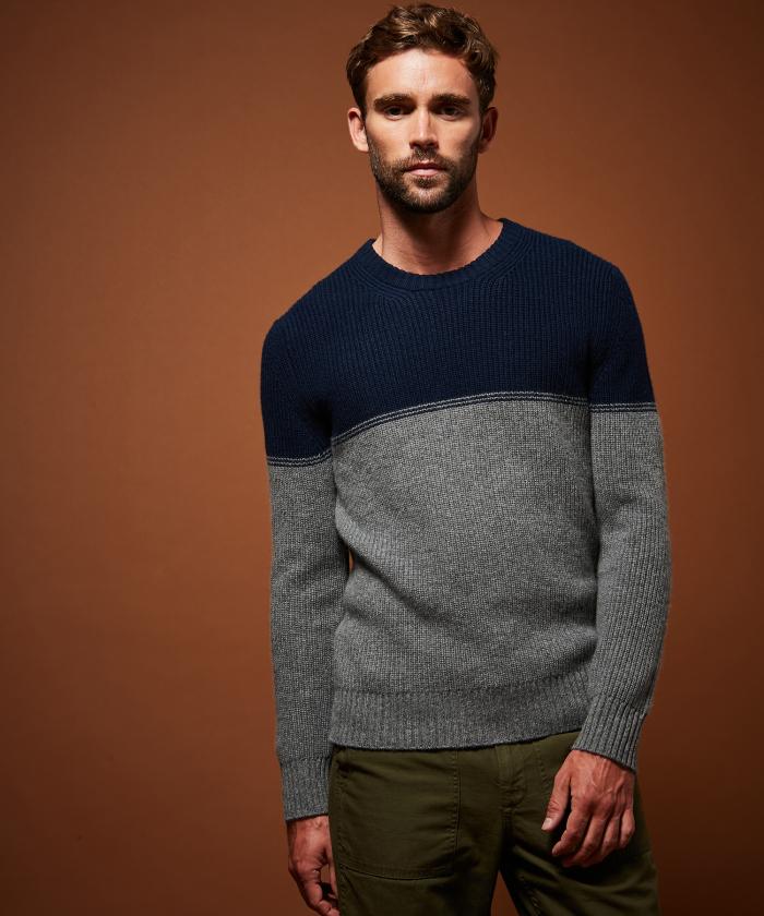 Pull en laine et cachemire côtelé bicolore