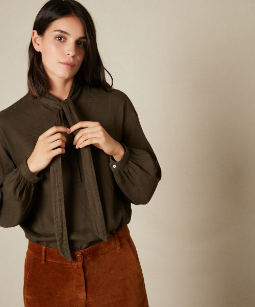 Charline shirt with bow