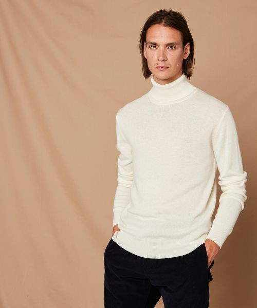 White wool and cashmere roll neck sweater